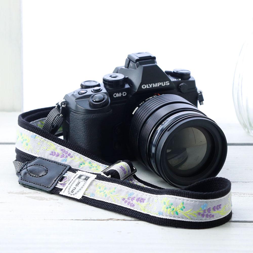 お見舞い 送料無料 全100種類 長さが調節できる カメラストラップ 一眼レフ かわいい 驚きの価格が実現 ミーナ おしゃれ mi-na 長さ調節タイプ スズラングレー