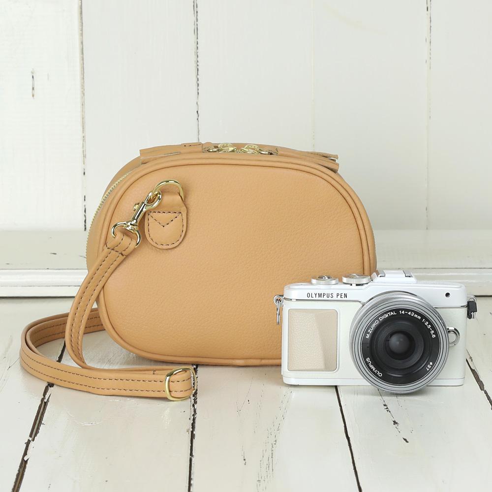 カメラバッグ camera bag MI-NA ミーナ おしゃれ オールレザーカメラポシェット/ハニーキャラメル
