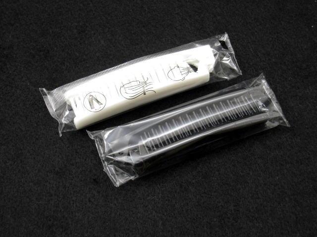 【送料無料】(北海道・九州・沖縄・離島は除く)折りたたみリバーシブルヘアブラシ(白・黒)袋入れ(1200個)SF-11美容・コスメ・香水・ヘアケア・スタイリング・ブラシ・クシ