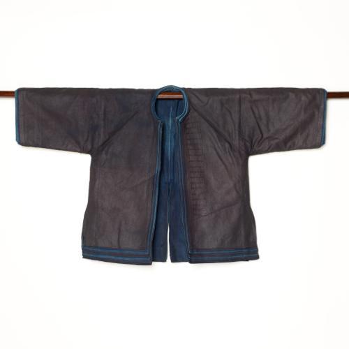 中国 雲南省 ハニ族 男性藍染衣装 八層
