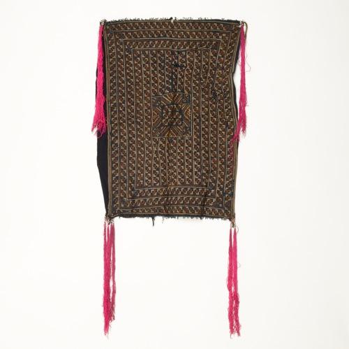 ベトナム ベトナム ベトナム 赤ザオ族 刺繍布(オールド・補修多め) bf8
