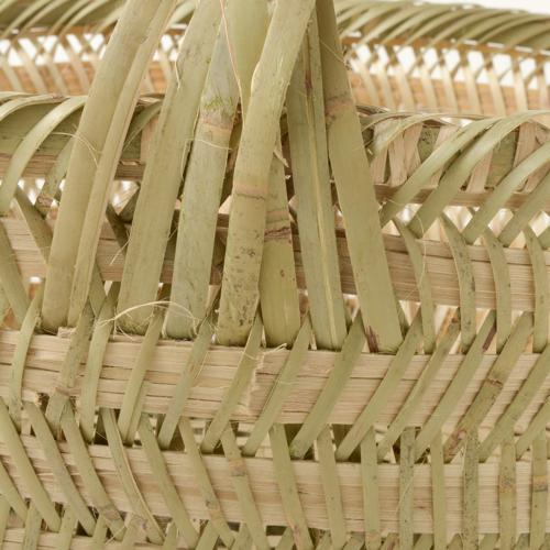中国贵州竹手拿着篮子 (无国界圆圈) 特大