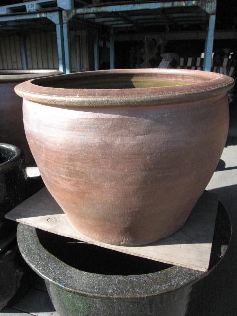 送料無料水れん鉢 水鉢    睡蓮鉢  水鉢  送料無料 外国産ですので お値段が このサイズでは とても お買い得