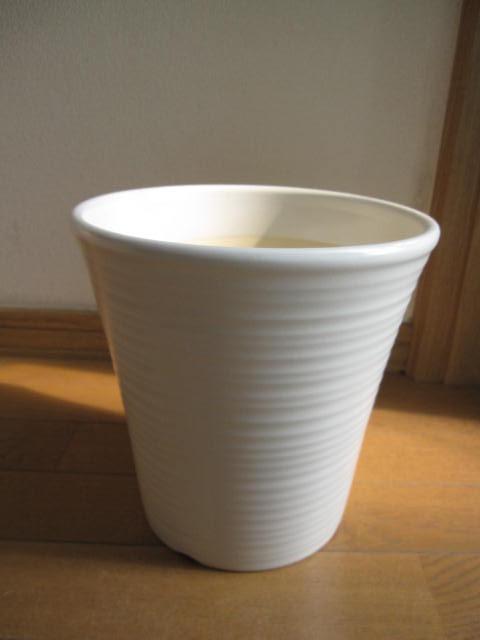 送料無料【信楽植木鉢】白色白マット ルイポット 9号