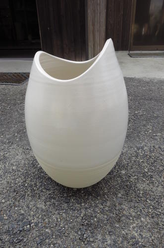 陶器傘立信楽焼き傘たて月のしずく 傘立  送料無料陶器の味わいある傘たて もちろん 日本製です。