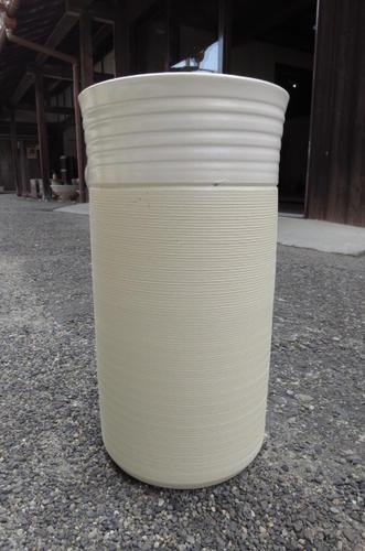 最大80%オフ! 陶器傘立信楽焼き傘たてナチュラルホワイト傘立 もちろん 送料無料陶器の味わいある傘たて もちろん 日本製です 日本製です。。, 棚フック.雑貨 ゆららかマーケット:a1425b0f --- marianthonymotherles.forumfamilly.com