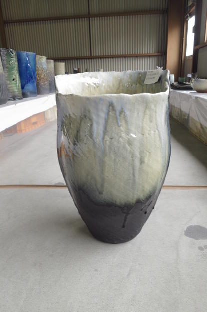 【メール便無料】 花瓶陶器花瓶信楽焼き  大型フラワーベース 信楽焼のオブジェにも白窯変, 岩瀬町:78920eab --- sturmhofman.nl