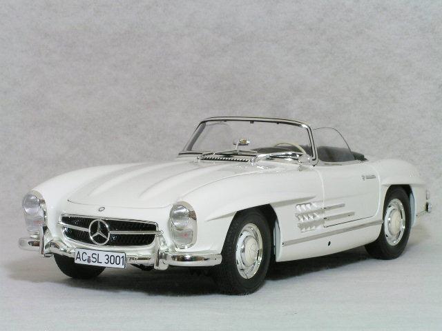 ミニチャンプス 1/18 メルセデス ベンツ 300 SL ( W198-2 ) ロードスター / 1957年 ホワイト( ソフトトップ仕様 )