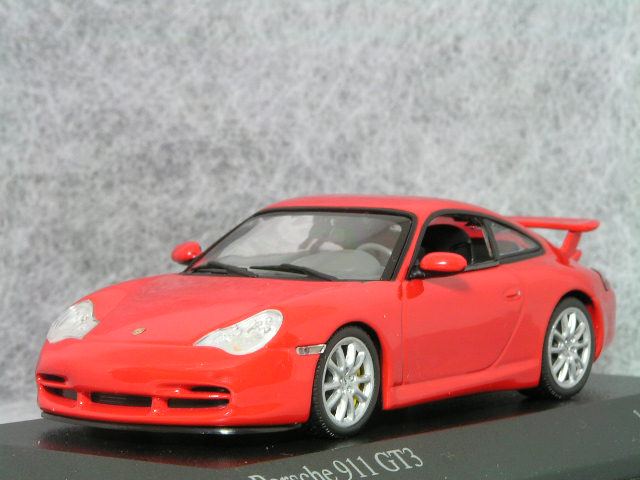 ミニチャンプス 1/43 ポルシェ 911( 996 )GT3 / インダス レッド