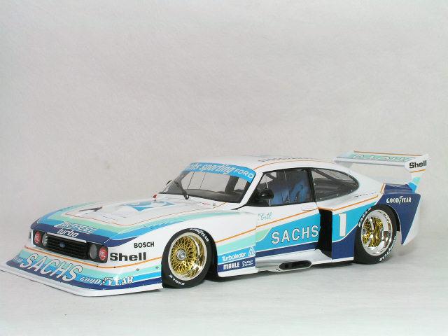ミニチャンプス 1/18 フォード カプリ ターボ グループ 5 / ザックス 1979年 DRM