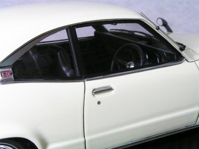ignition モデルス 1/18 マツダ サバンナ ( S124A ) / ホワイト / ハヤシストリート ワイト ホィール