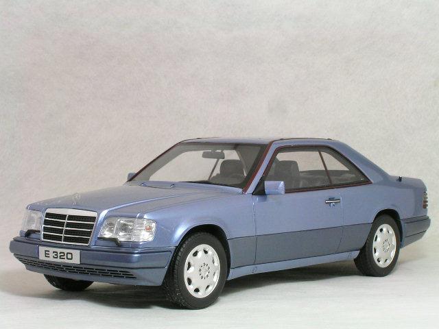 OTTO モデルス 1/18 スケール メルセデス ベンツ ( C124 ) E320 クーペ / ライトブルー メタリック(パール ブルー)