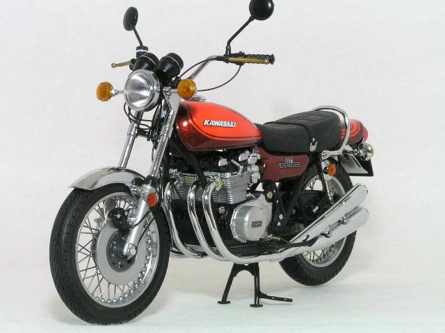 【在庫あり】ミニチャンプス 1/12 カワサキ 750 RS Z2 / 1972年 ( キャンディーブラウン / オレンジ )