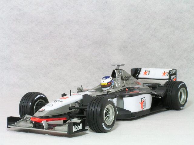 ミニチャンプス 1/18 スケールマクラーレン メルセデス MP4/13ミカ・ハッキネン1998年 ワールド チャンピオン