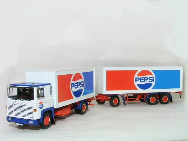 ミニチャンプス 1/43 スカニア LB 110 Kofferzug ( 連結貨物車 ) トラック + トレーラ / ペプシ コーラ