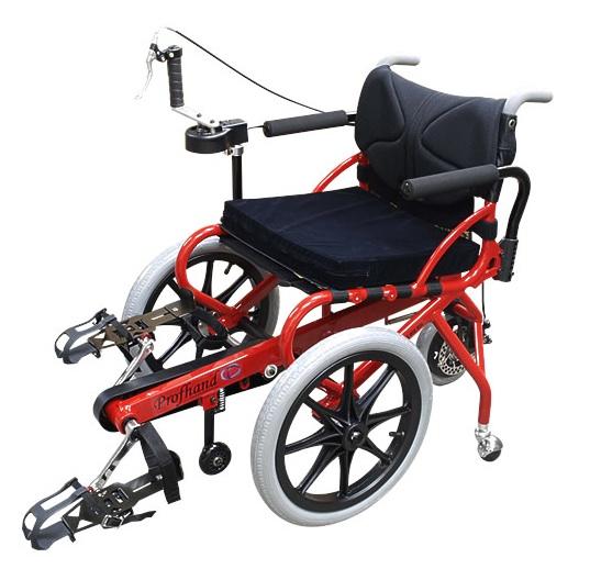 供專業基金最尖端復健使用的椅子周期(劃脚的輪椅)[腦中風][腦梗塞][麻痹][腰痛][股關節痛][東北大學]