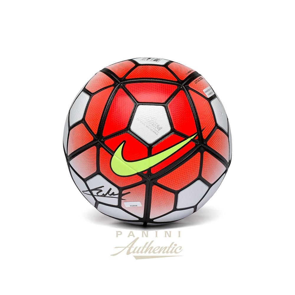 セール特価 送料無料 Christian Pulisic Autographed Match Nike Ordem Official 送料無料 Match Autographed Ball(66-01603), イゼナソン:54f99a09 --- wktrebaseleghe.com