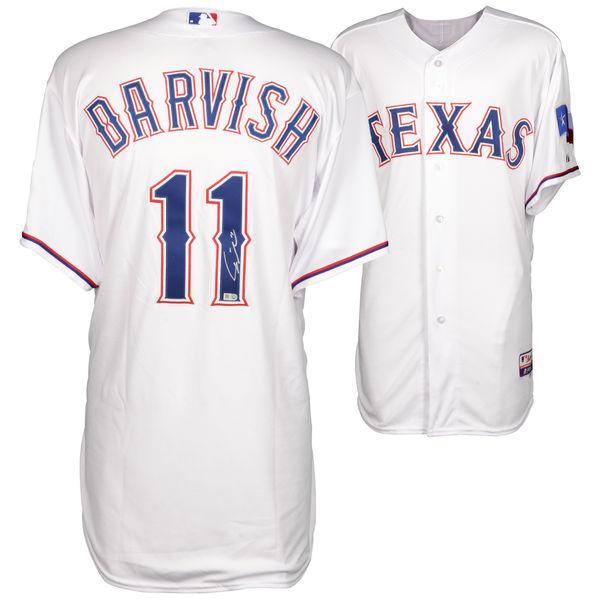 送料無料 Yu Darvish Texas Rangers Autographed Majestic White Authentic Jersey(66-01596)
