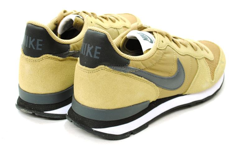 NIKE跑步鞋耐吉國際主義者631754 200 menzusunikahei/深灰色/黑色/白05P03Dec16