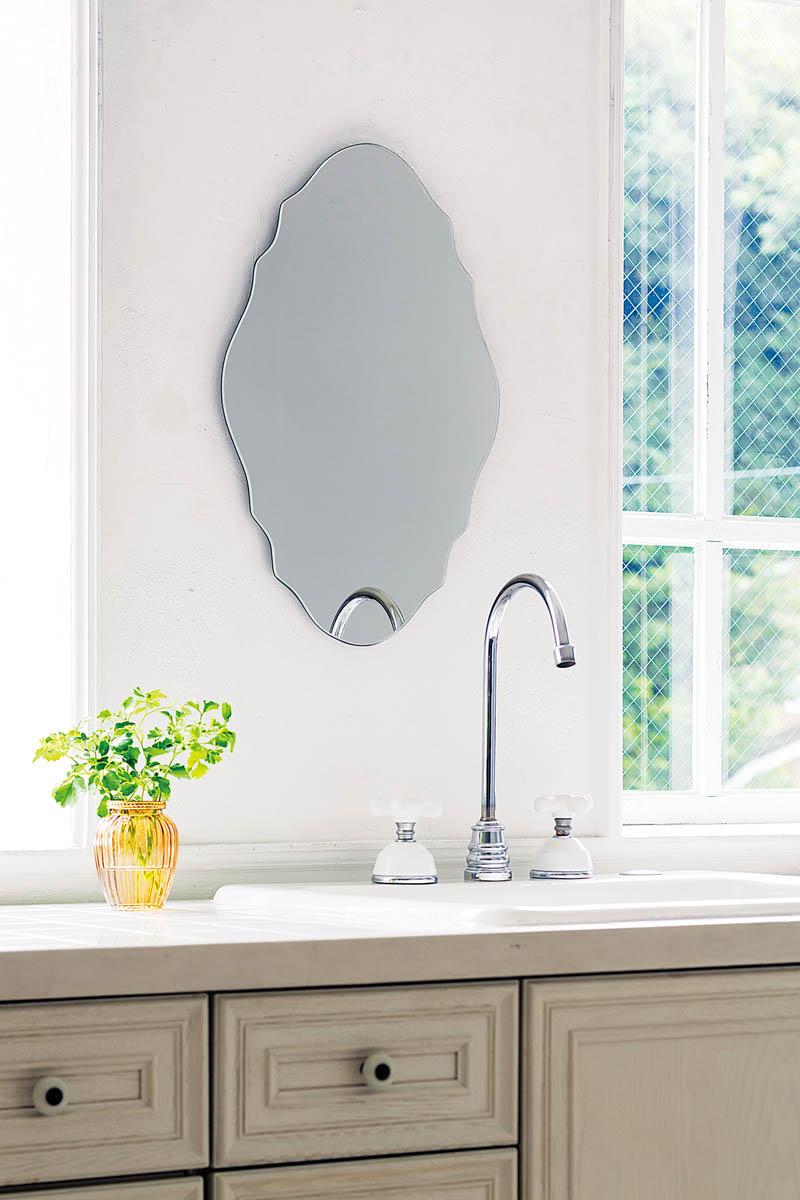 壁掛けミラー オーバル型 フレームなし 鏡 【AI-610】 デザインカット【interior送料無料】