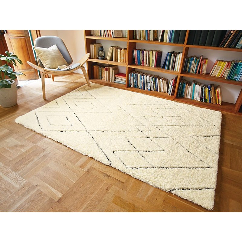 【東リ】ラグ TOR3865 140cm ×200cm ベニワレン風の素朴なデザイン。ふんわりとボリュームある毛足が特長です。