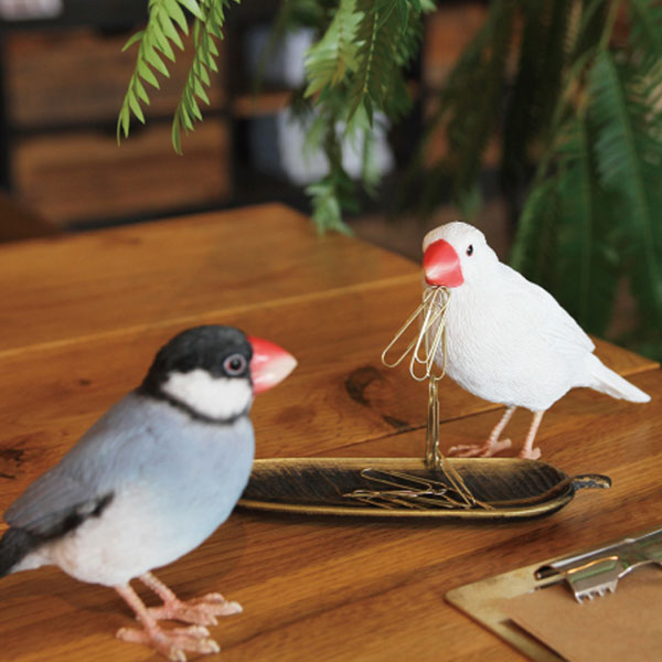 本物志向のリアルアニマルズ雑貨としてオススメです BIRDIE BILLバーディ ビル リアルな鳥のオブジェ桜文鳥 授与 メーカー公式 白文鳥 SPARROW小鳥 マグネットメッセージバードリアルアニマルズ JAVA SPARROWWHITE AGATE