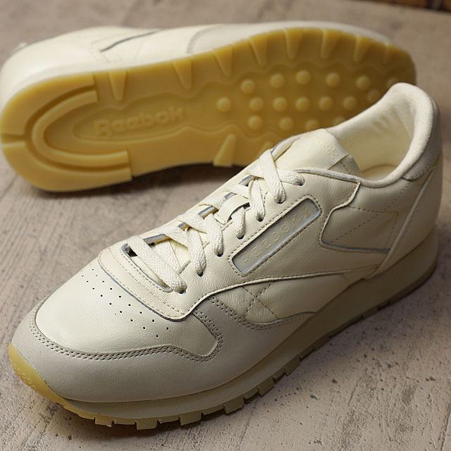 8a8e01d2c2 Reebok classical music classical music leather butter software Reebok  CLASSIC men gap Dis sneakers CL LEATHER BS OLYMPIC CREME/WASHED YELLOW  (AR2896 ...