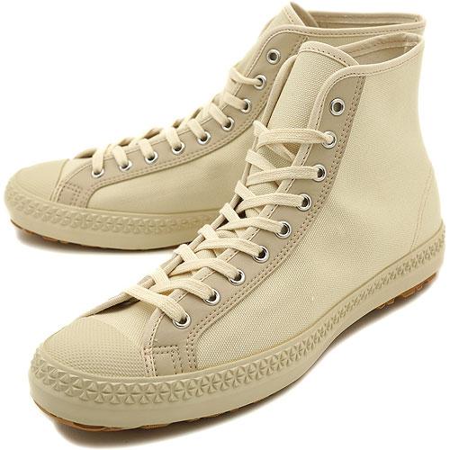 PF 传单 PF 传单运动鞋运动舒运动鞋自然 (PM09SS1Y)