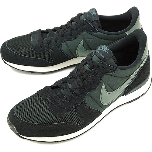 nike internationalist green