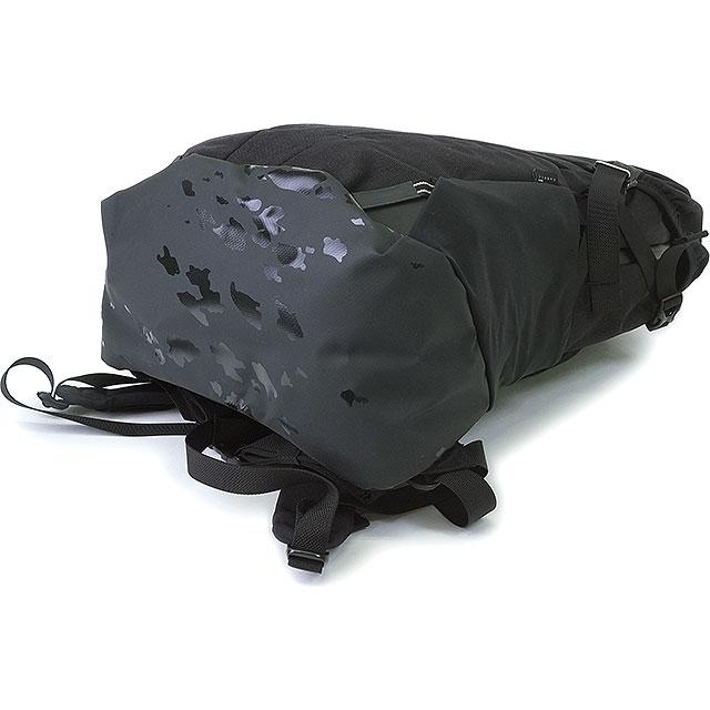 伯顿云杉装背包伯顿男装女装 26 l 背包背囊云杉包真正的黑 Cordura