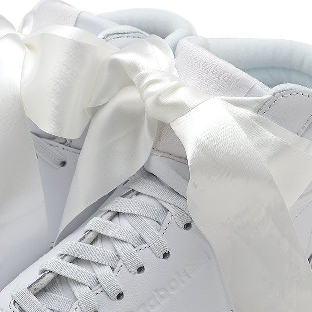 3b7b25c2826 Reebok CLASSIC Reebok classical music sneakers shoes Lady s F S HI SATIN BOW  free-style satin bow tie white  S gray (CM8903 SS18)
