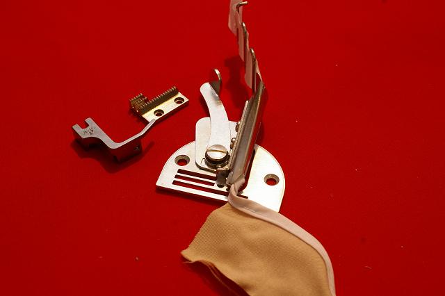 【新品】A10 26mm 四つ折バインダーカノコラッパ 針板付!