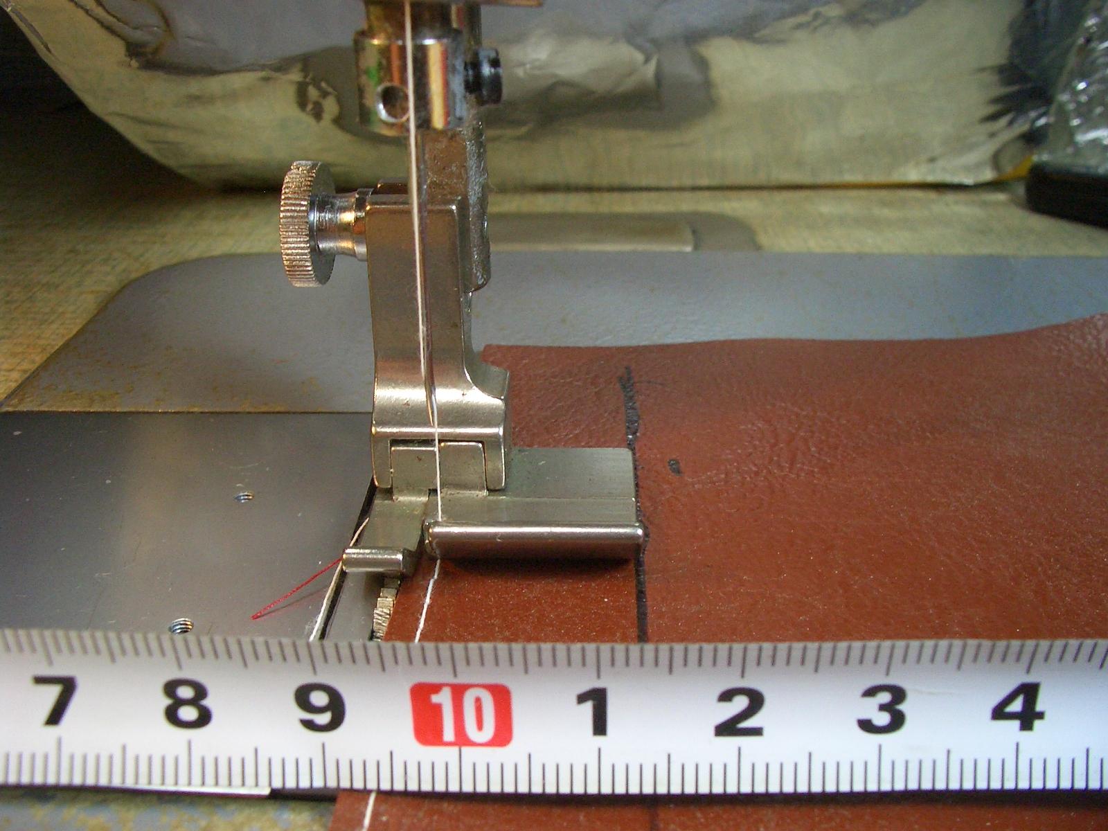 新品 スイセイ 商い 段付きホルダーヘマー用 19mm 自由押さえ金 CHW 海外輸入