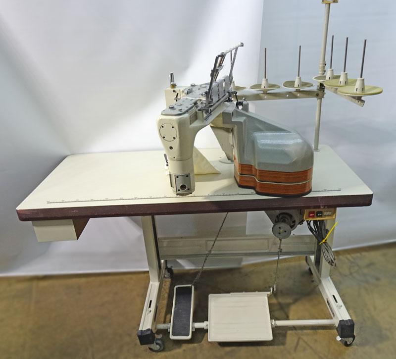 6904686 中古 ペガサス PEGASUS FS-601型フラットシーマー 限定タイムセール 全品最安値に挑戦 送り出し腕型 4本針 偏平縫いミシン モーターは別お見積りとなります 日本で製造のミシン生地の厚さ 薄物~厚物4本針 糸数6本針巾5.2mm テーブル 6mm頭部のみ 脚