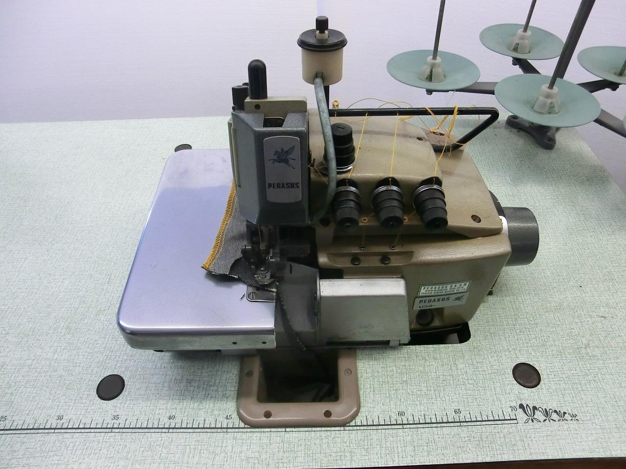 【中古】 ペガサスインターロックミシン 2本針5本糸。モデルNO-U32-38型 頭部のみ テーブル・脚。モーターは別お見積りとなります。