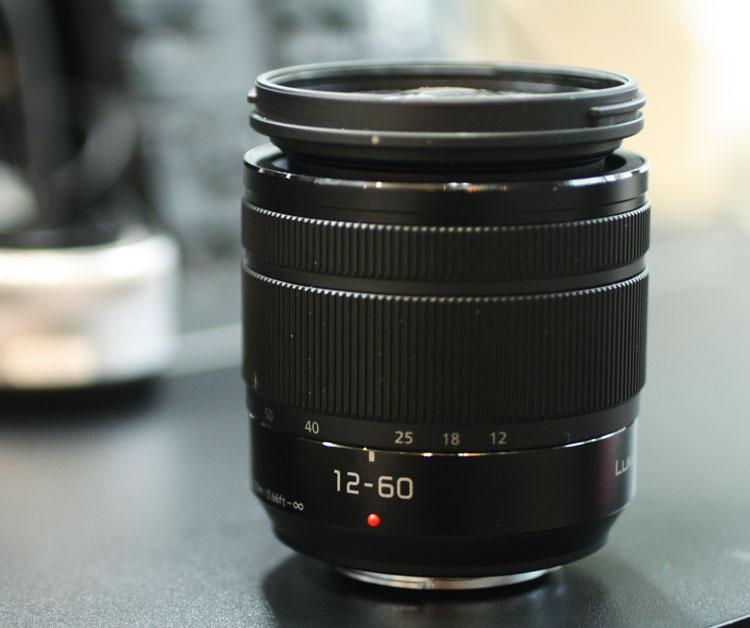 Panasonic LUMIX G VARIO 12-60mm / F3.5-5.6 ASPH. / POWER O.I.S.『即納~2営業日後の発送』[H-FS12060 24mm相当からの5倍標準ズームレンズ][fs04gm][02P05Nov16]