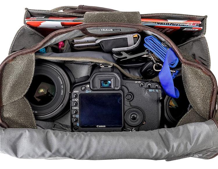 """智囊团照片回顾 7 皮革挎包相机包"""",并派出在 1 到 3 个工作日的中档单反镜头 levdoublezoom 镜头套装和 Flash 存储皮革达科塔真皮相机包 [02P20Nov15]"""