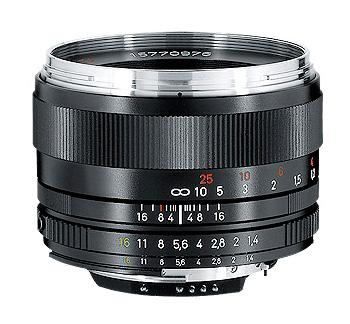 [3年保険付] CarlZeiss PlanarT*1.4/50mmZF.2 50mm F1.4 CPU内蔵Nikon Fマウント マニュアルフォーカスレンズ [02P05Nov16]