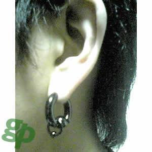 ショウさんの耳のボディピアス★ブラックビーズリング/0ゲージ(GG)(M)