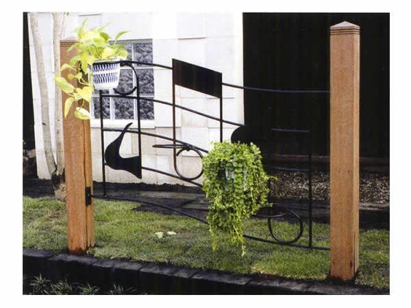【クーポン配布中】エクステリア【ミュージックフェンスO型 】エクステリア ガーデニング ガーデン 庭 ヨーロッパ 庭 アンティーク家具 フェンス プランター