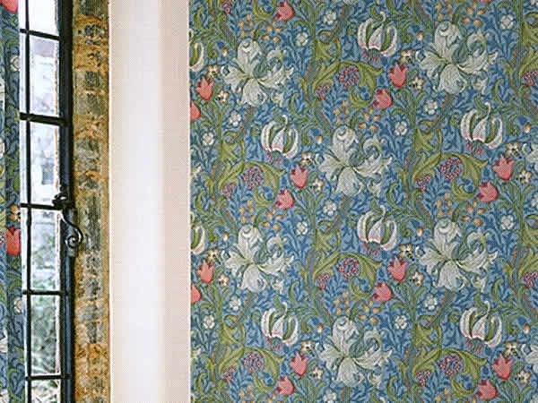 【クーポン配布中】ウィリアムモリス壁紙 【ゴールデンリリーW3】【wm8556-1】壁紙 ウォールペーパー クロス ファブリック 布 クラフトアーツ イギリス製 アンティーク クラシック モリス 壁紙 ウィリアム・モリス カーテン生地