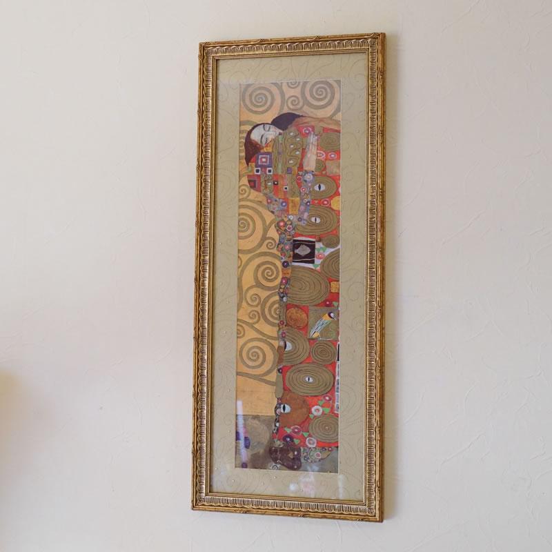 【クーポン配布中】絵画 【クリムト額絵(抱擁)】クリムトは、ミュシャやシャガールと共に人気がある作家です。中でも、この抱擁は接吻と並び人気です。【送料無料】 【鈴木家具】