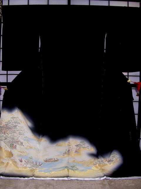 ■正絹黒留袖・お誂え仕立て付■(狩野席鑑図柄)no204