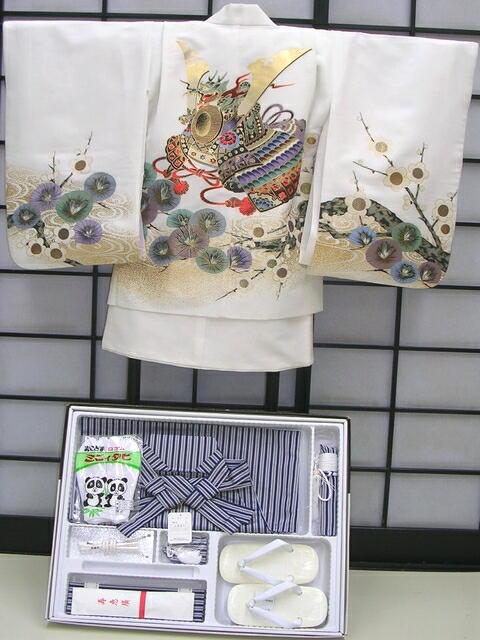 【レンタル】 七五三レンタル★七歳男の子袴セット★白地に兜柄noT