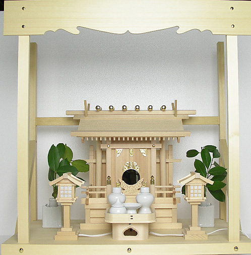 神棚 板葺一社宮 袖付き〈I-19〉+神具セット(ハーフ・小)+神棚板+雲板(中)のセット
