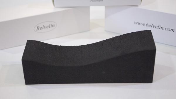 ファッション通販 スポンジタイプで優しくフィット ヴァイオリン ヴィオラ兼用肩当て 全国どこでも送料無料 Belvelin L ベルヴェリン レッスングッズ
