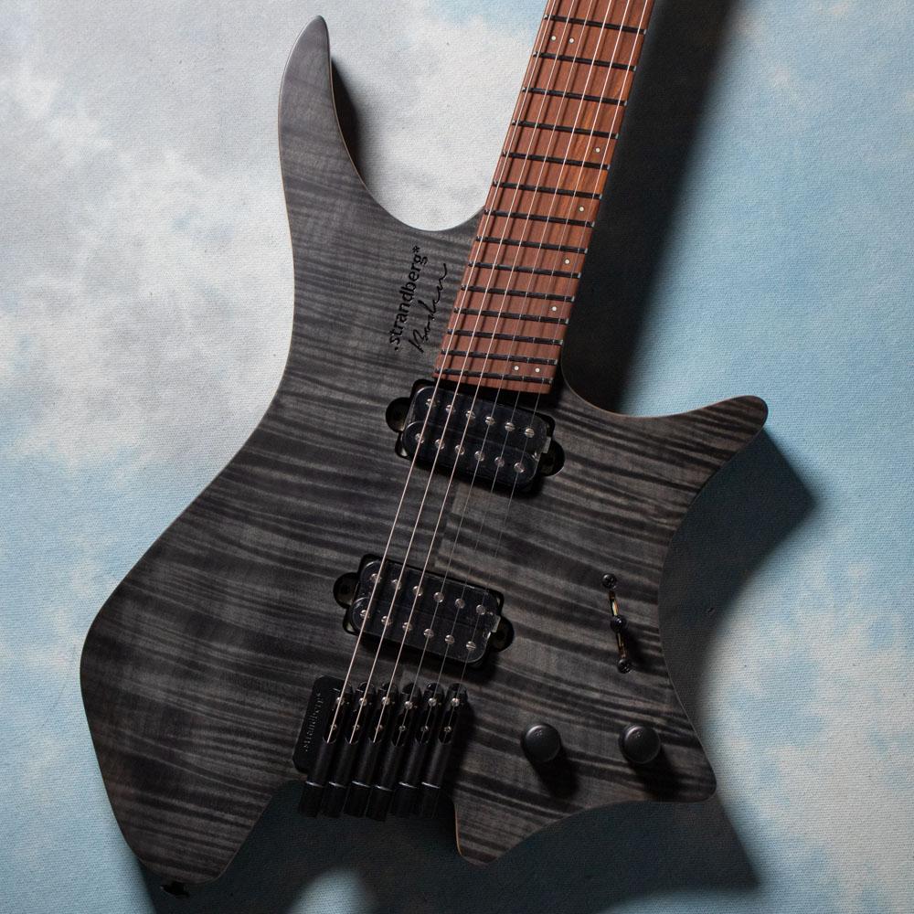 """ヘッドレスギターの代名詞 選択 """"Strandberg"""" ストランドバーグ からコストパフォーマンスモデル Boden Standardが早くも再入荷 6 Flame Standard Black 祝開店大放出セール開催中 strandberg 在庫あり"""