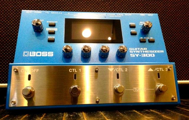 BOSS/SY-300 GUITAR SYNTHESIZER【ボス】【ギター シンセ】【お取り寄せ商品】