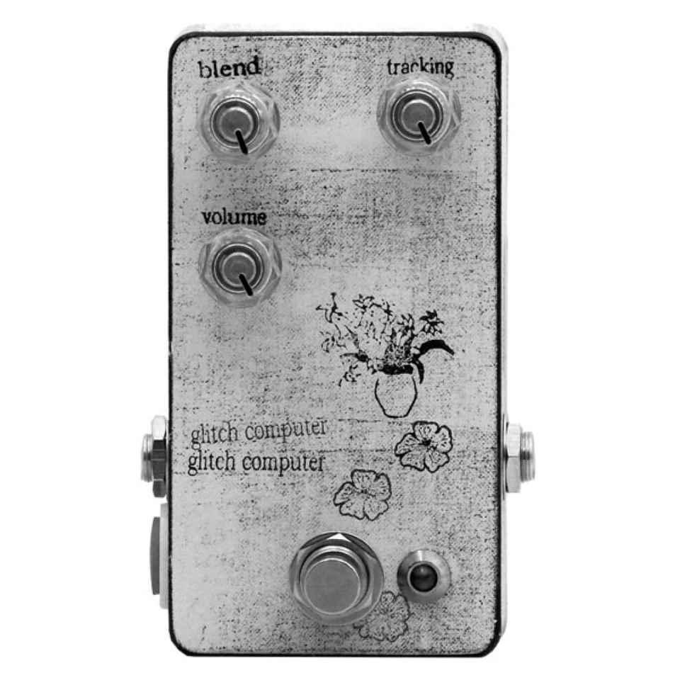 mid-fi electronics/Glitch Computer