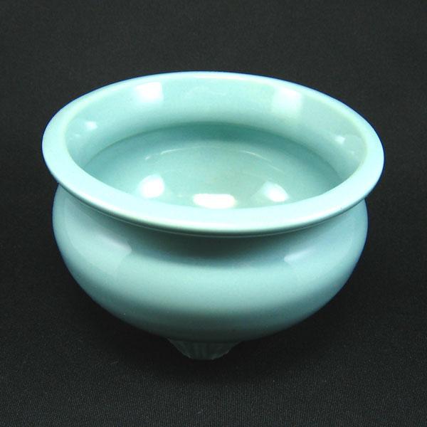 22号(巾約70cm)以上の台付仏壇に最適です。 せともの青磁香炉 香呂 線香立て 4号 4寸 せともの 陶器 で作った仏具 店頭受取対応商品